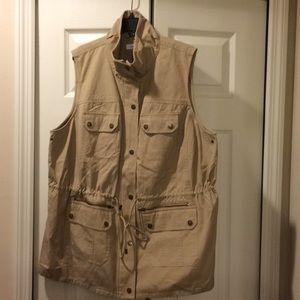 ⭐️PLUS SIZE⭐️Calvin Klein Cargo Vest
